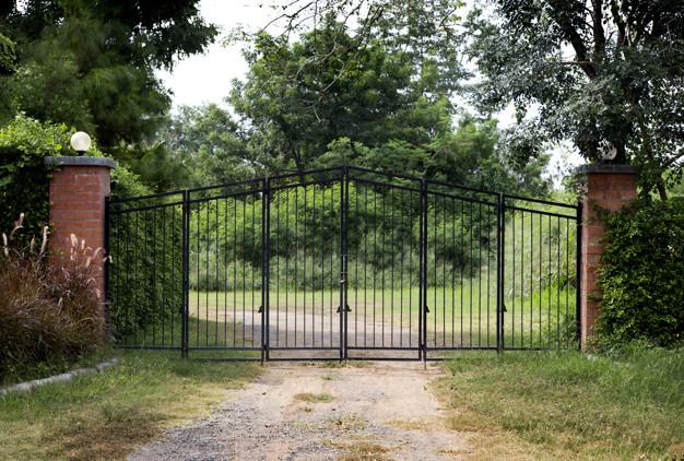 Kakovostna dvoriščna vrata