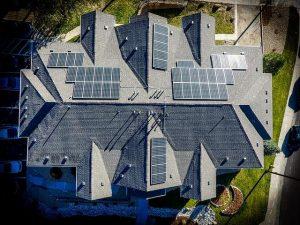 Toplotne črpalke za ogrevanje lahko dopolnimo še z drugimi viri čiste energije
